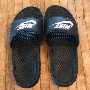Nike Slides (with light pink logo)